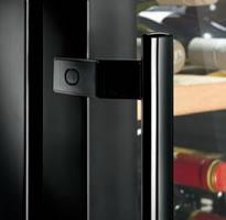 LIEBHERR Barrique系列酒柜黑色细长型门把手
