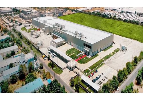 Steinmeier和Bulgarian访问参观Liebherr保加利亚制冷电器生产厂